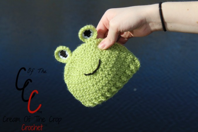 Cream Of The Crop Crochet ~ Preemie/Newborn Frog Hats {Free Crochet Pattern}