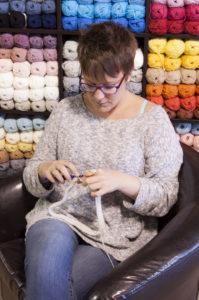 Meet and Greet Julie Desjardins of ACCROchet ~ Cream of the Crop Crochet