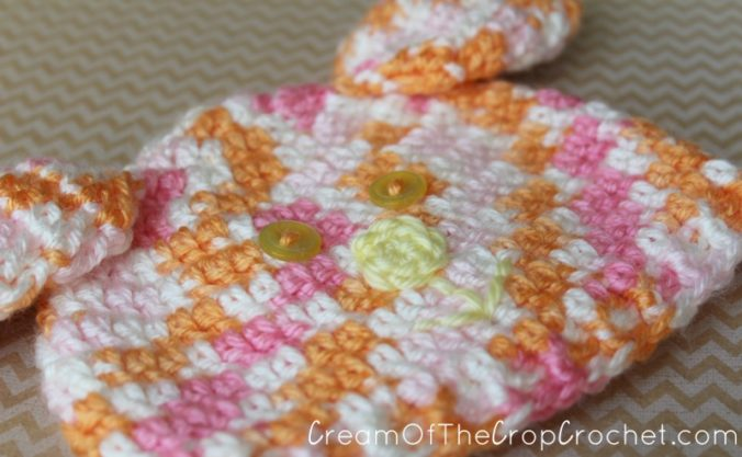 Cream Of The Crop Crochet ~ Preemie/Newborn Bunny Hats {Free Crochet Pattern}